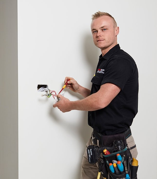 Powerpoint Installation Electrician